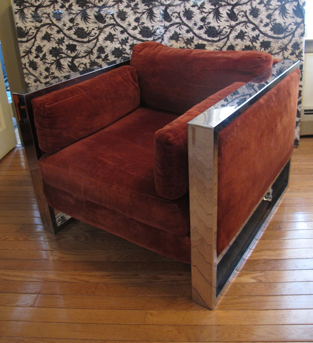 MID CENTURY MODERN CUBE LOUNGE CHAIR WITH CHROME FRAME