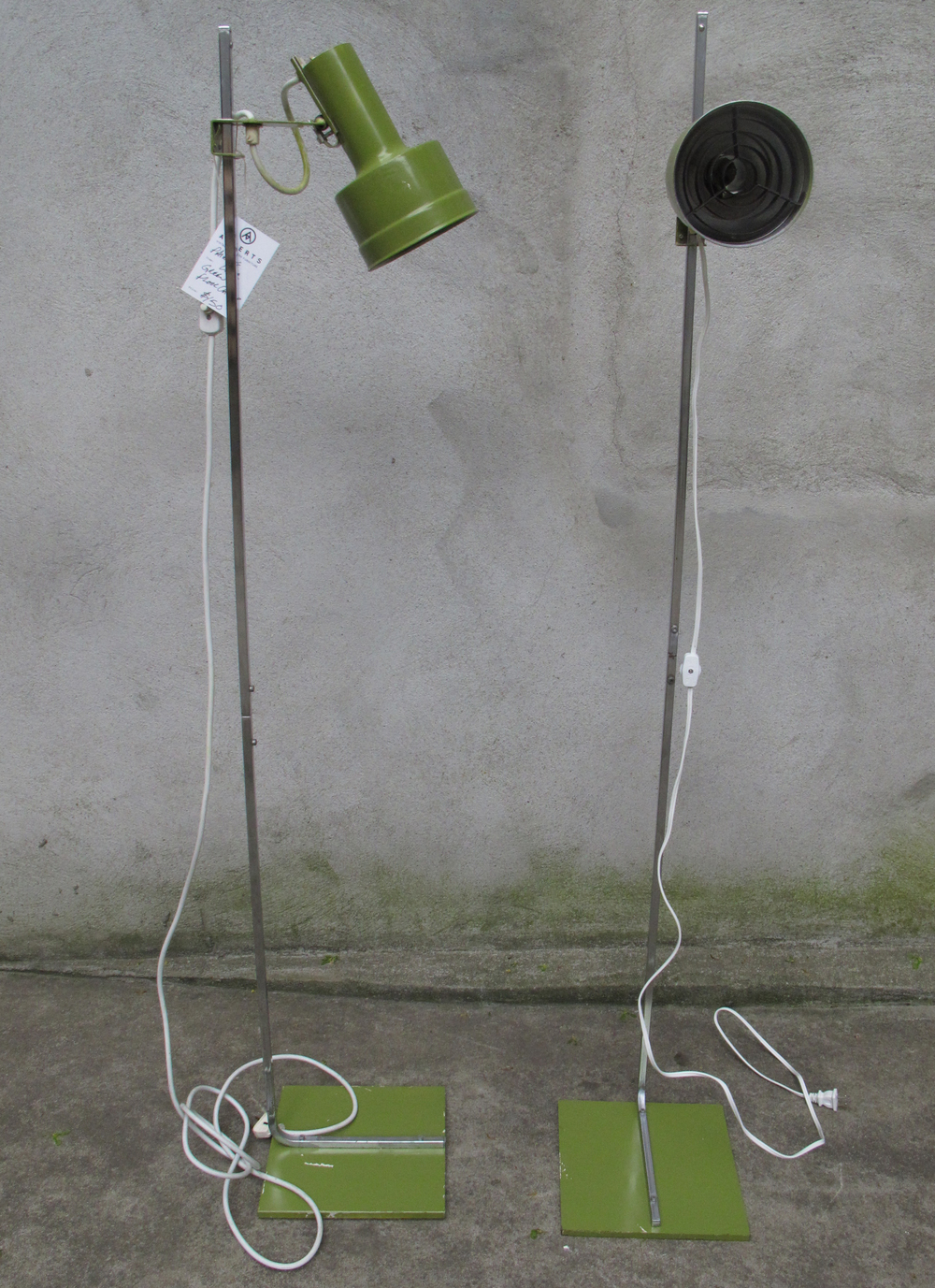 PAIR OF OLIVE MID CENTURY FLOOR LAMPS AFTER KOVACS