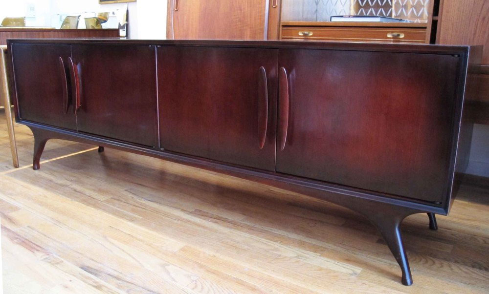 MID CENTURY MAHOGANY LOW CREDENZA BY SPECIALTY WOODCRAFT