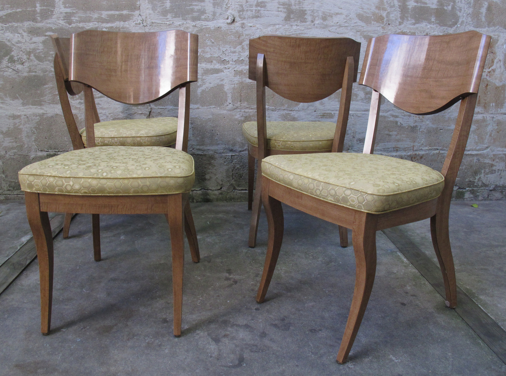SET OF MID CENTURY ATOMIC STYLE DINING CHAIRS