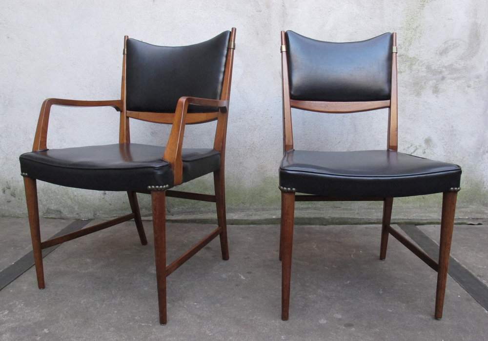 PAIR OF MID CENTURY FINN JOHL STYLE CHAIRS