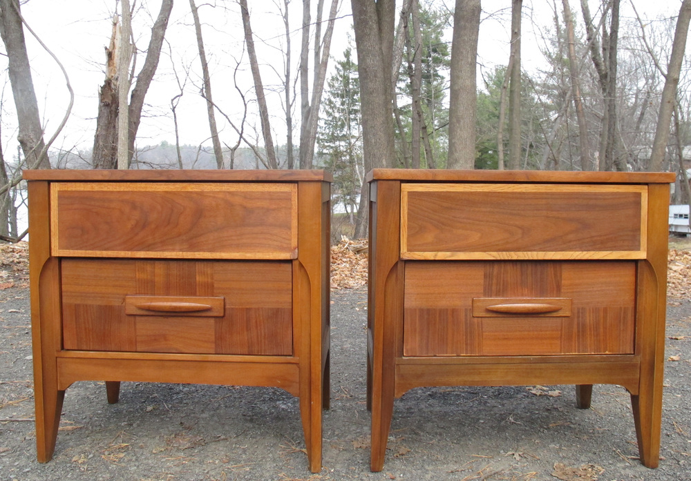 PAIR OF MID CENTURY PATCHWORK NIGHTSTANDS