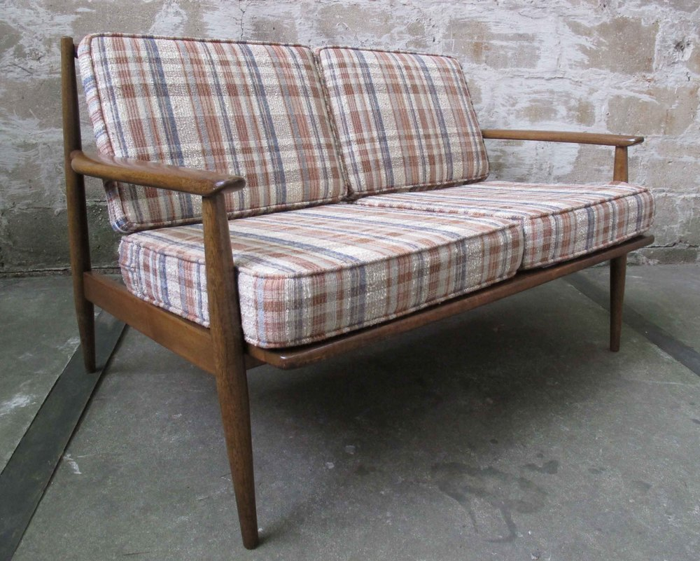 MID CENTURY SPINDLE BACK LOVESEAT