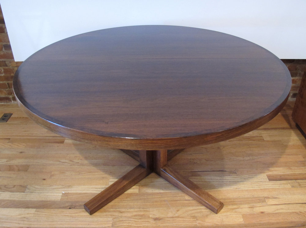 DANISH JOHN MORTENSEN ROSEWOOD ROUND DINING TABLE BY HELTBORG MOBLER
