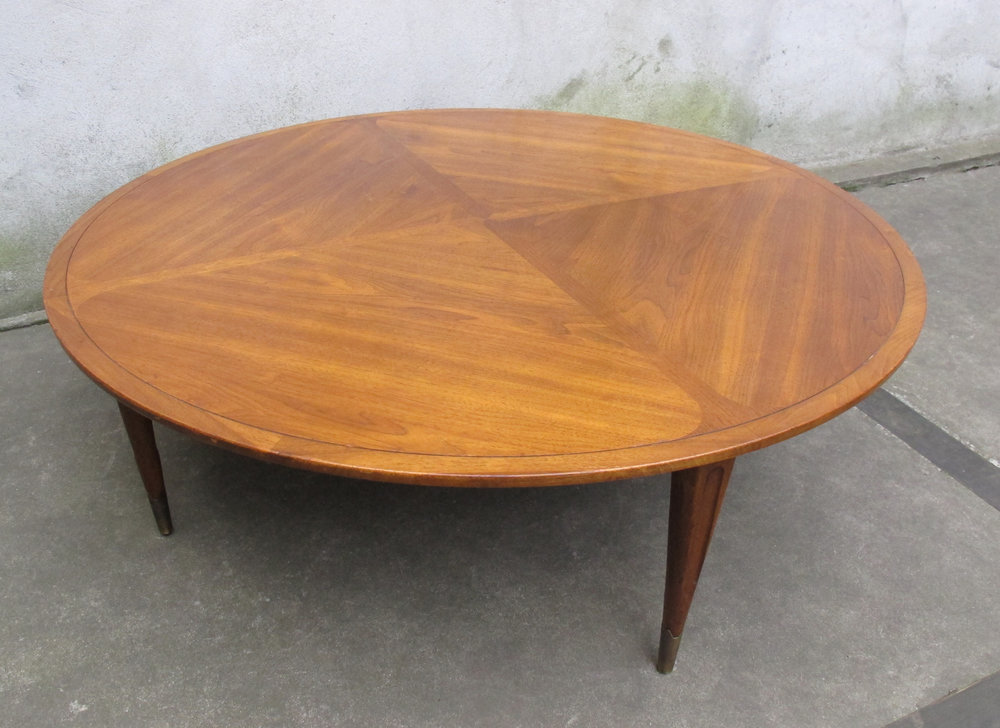 MID CENTURY MODERN ROUND COFFEE TABLE BY IMPERIAL