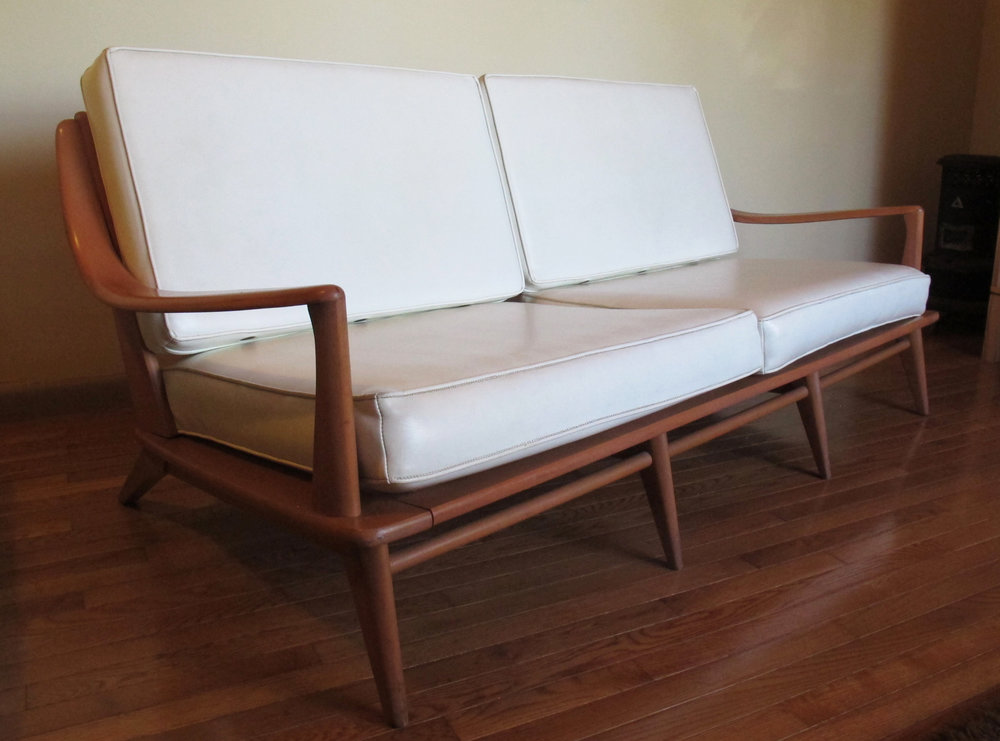 MID CENTURY ARISTOCRAFT CHAMPAGNE SOFA BY HEYWOOD WAKEFIELD