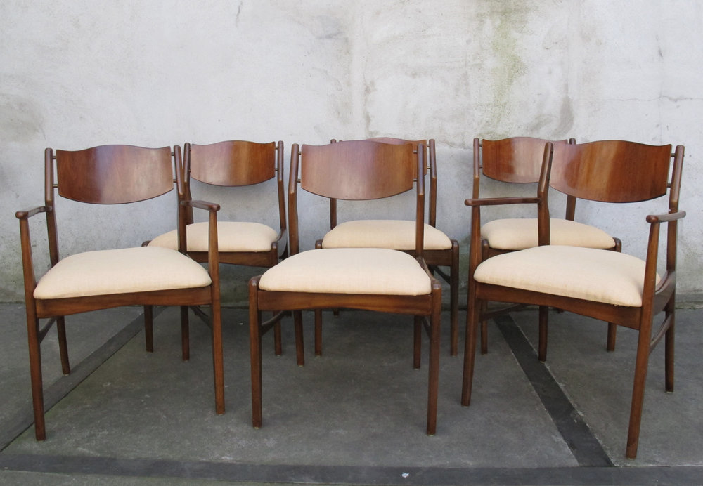 SET OF SIX MID CENTURY JOHN STUART WALNUT DINING CHAIRS