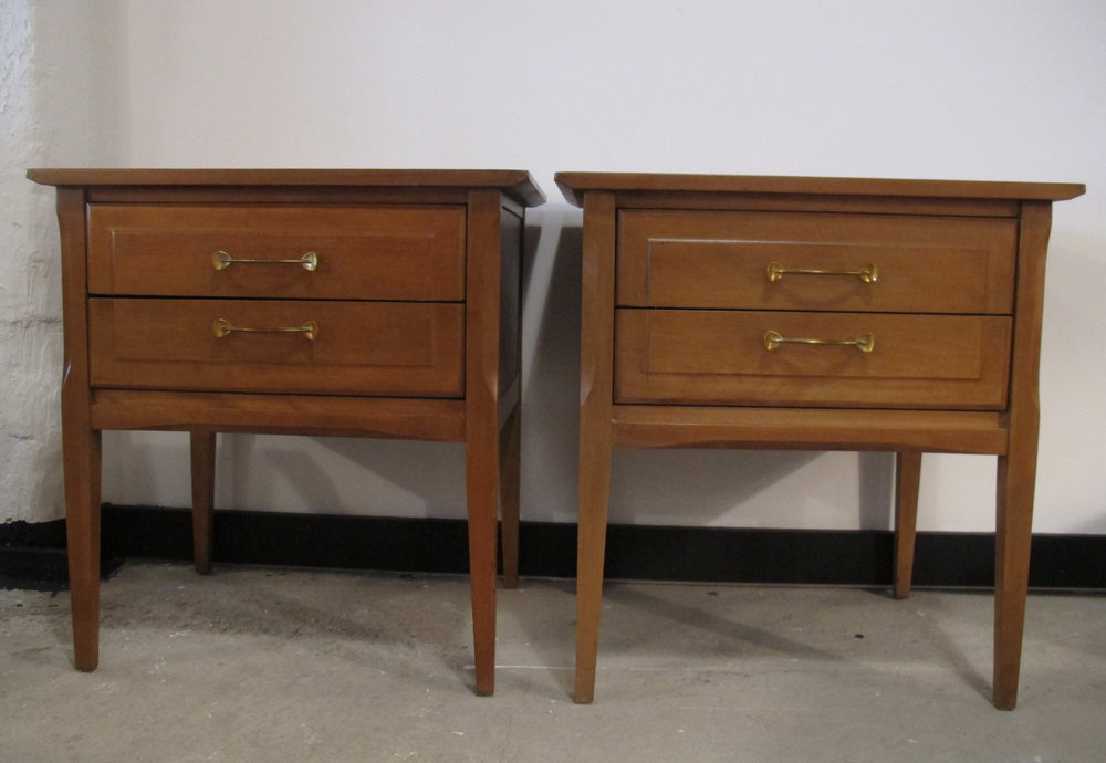 PAIR OF MID CENTURY HEYWOOD WAKEFIELD TOPAZ NIGHTSTANDS