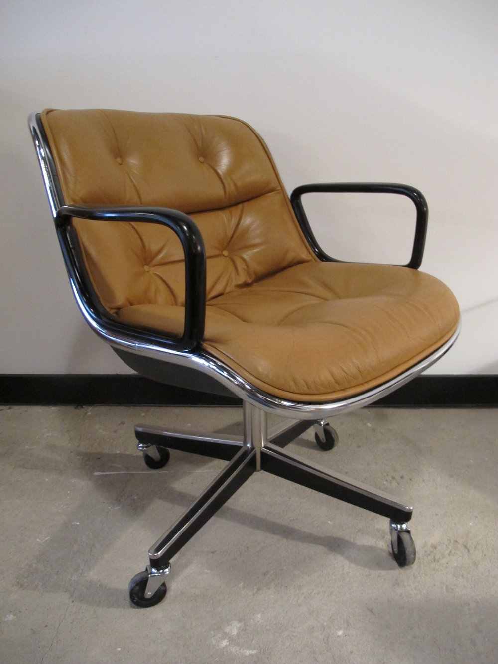CHARLES POLLOCK EXECUTIVE ROLLING ARMCHAIR BY KNOLL