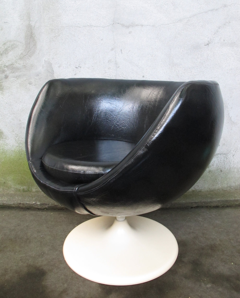 MID CENTURY SPACE AGE POD CHAIR BY LUSCH ERZEUGNIS