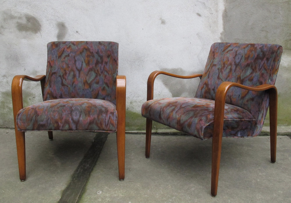 PAIR OF BENTWOOD ARMCHAIRS BY THONET