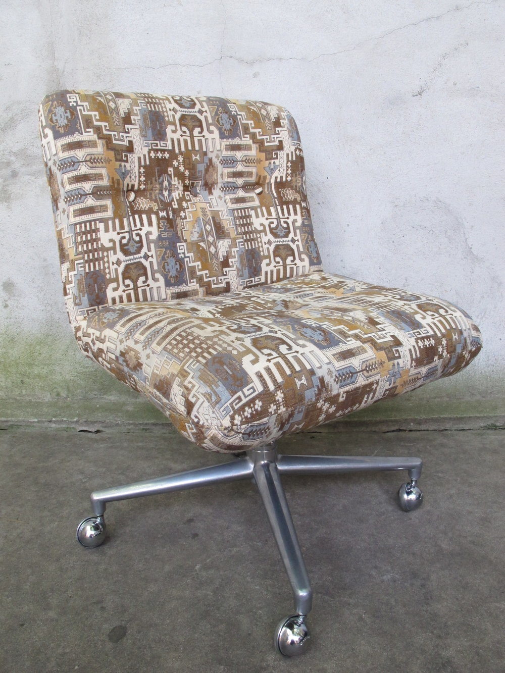 MID CENTURY ROLLING DESK CHAIR BY HARVEY PROBBER