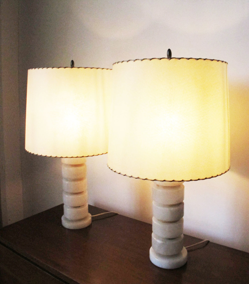 PAIR OF DECO MODERN STACKED ONYX TABLE LAMPS