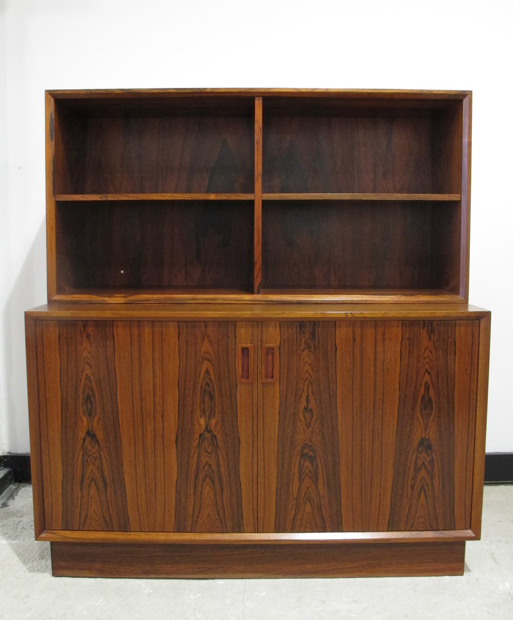 DANISH MODERN ROSEWOOD CABINET WITH BOOKCASE