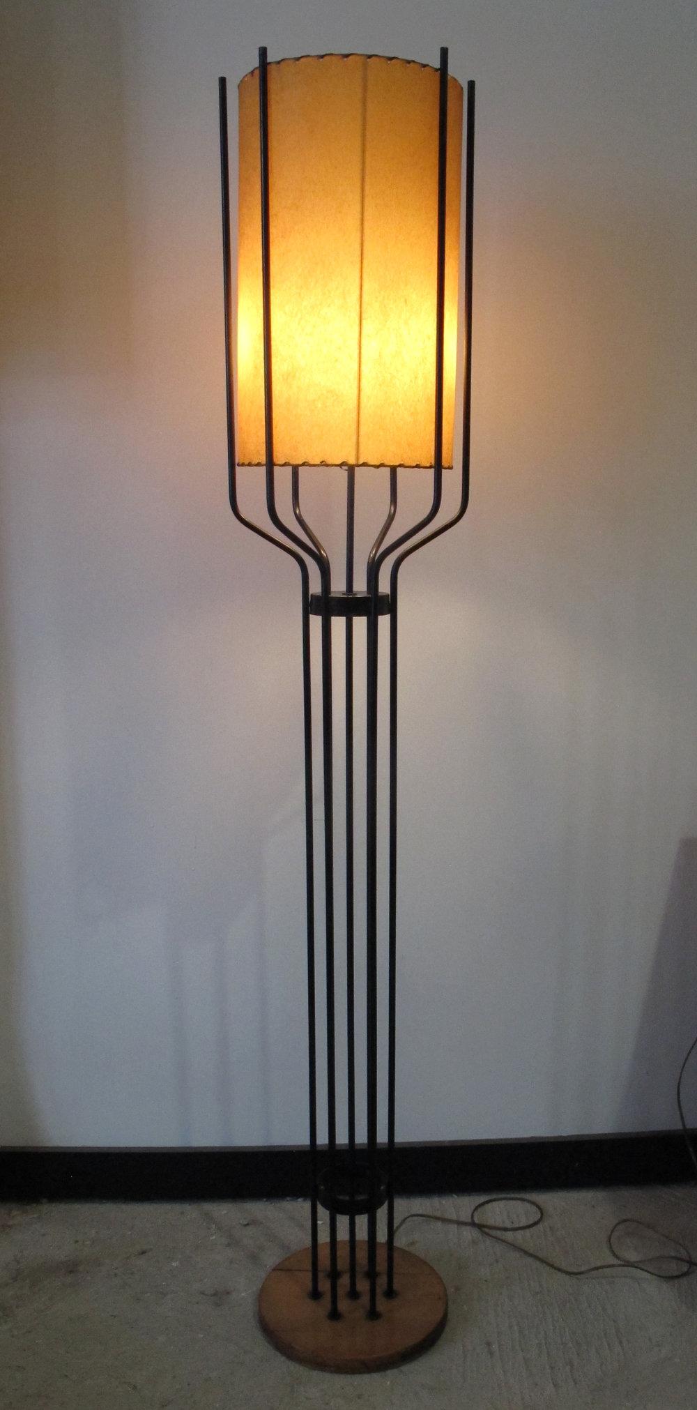 MID CENTURY IRON AND WOOD FLOOR LAMP