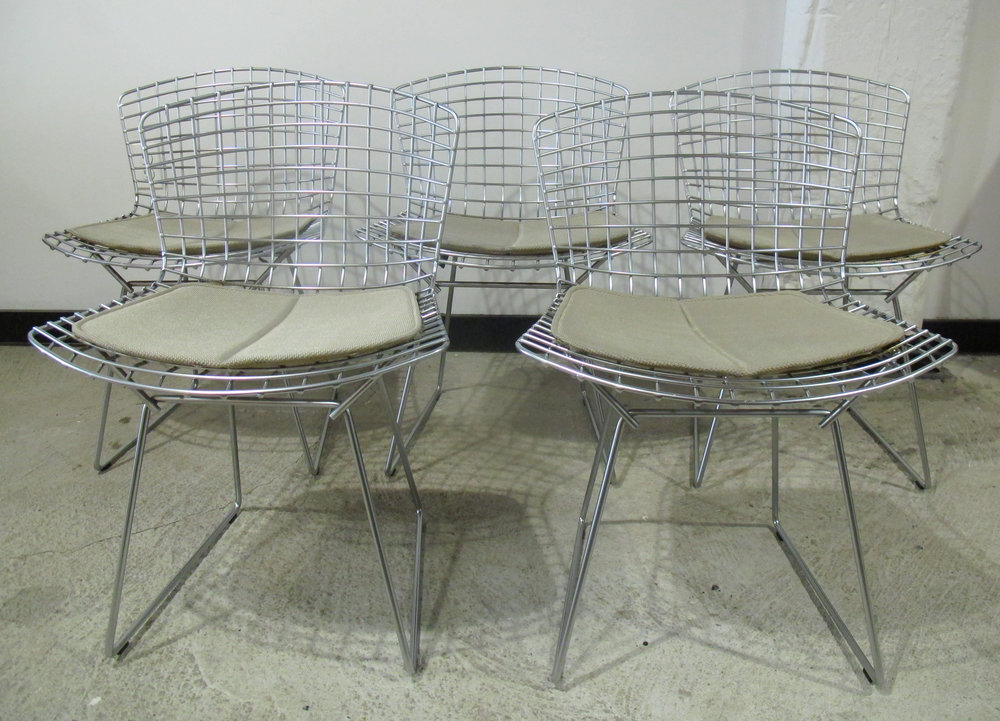 SET OF BERTOIA WIRE DINING CHAIRS WITH PADS BY KNOLL