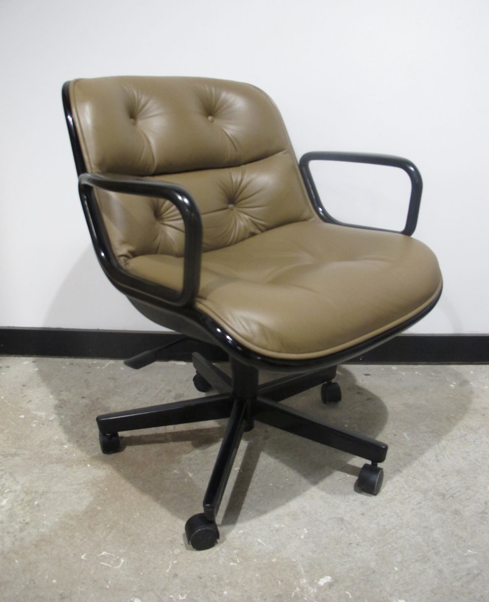 MID CENTURY EXECUTIVE ROLLING POLLOCK ARMCHAIR BY KNOLL