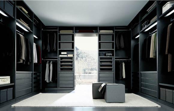 Walk-In Closet 1.jpg