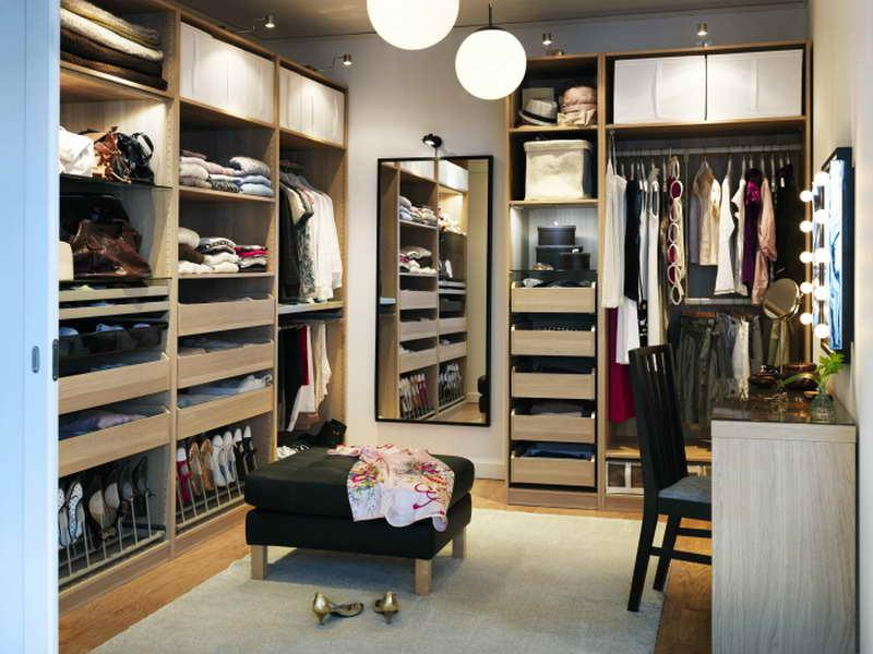DIKEA-Pax-Closet-System-with-Great-Style.jpg