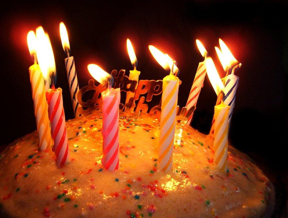 birthday-cake-candle-desktop-backgrounds.jpg