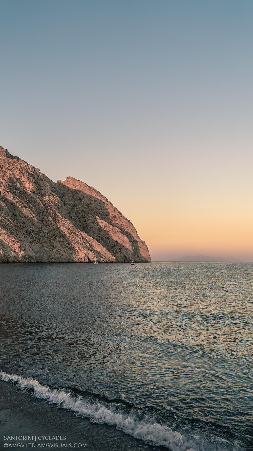 ©AMGV-LTD-Santorini+Cyclades-1.jpg