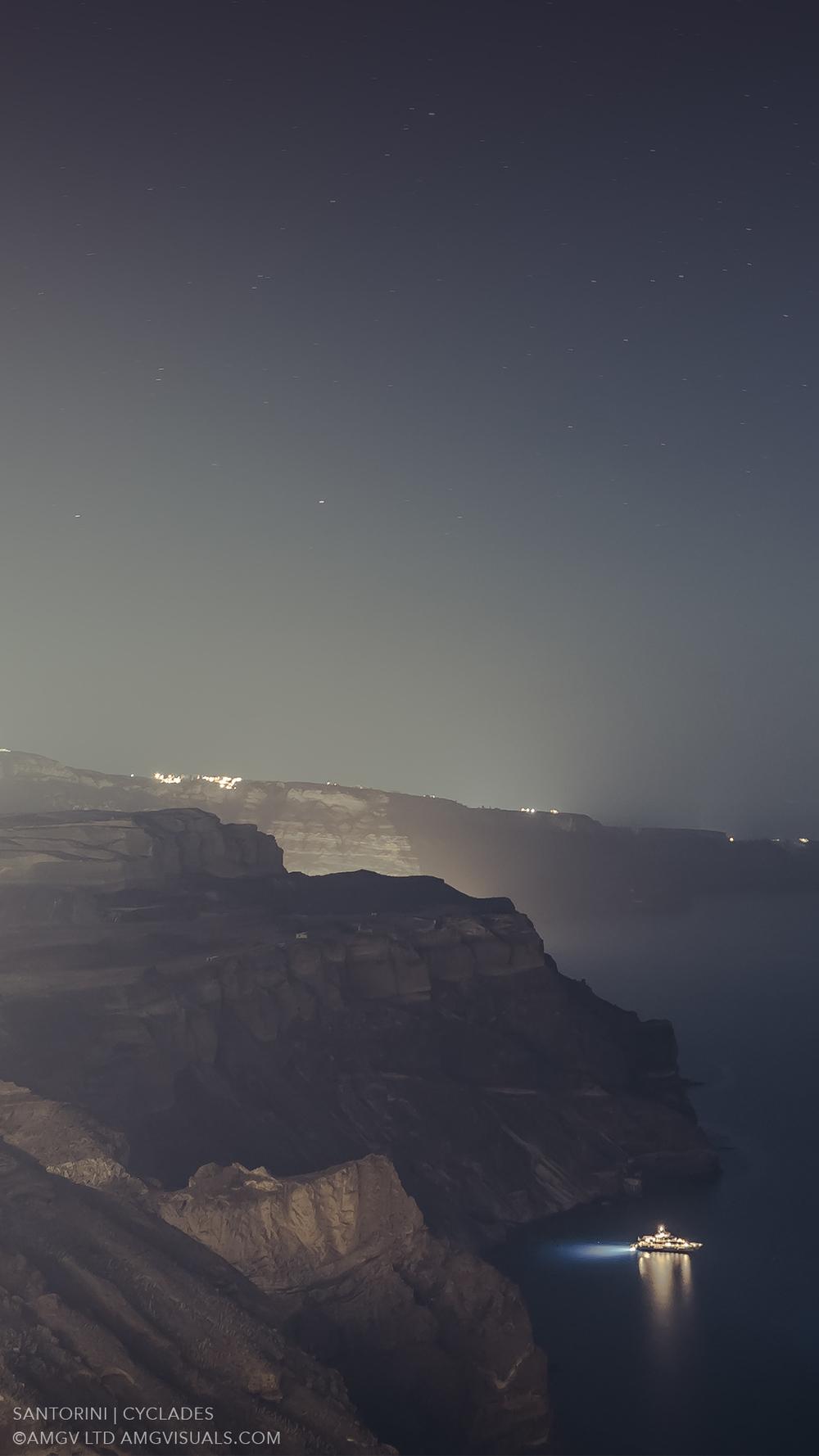 ©AMGV-LTD-Santorini+Cyclades-3.jpg