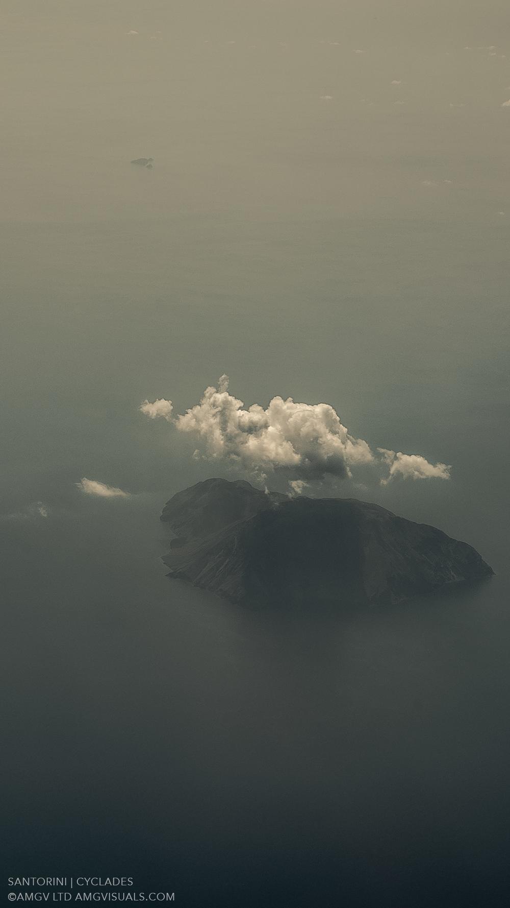 ©AMGV-LTD-Santorini+Cyclades-5.jpg