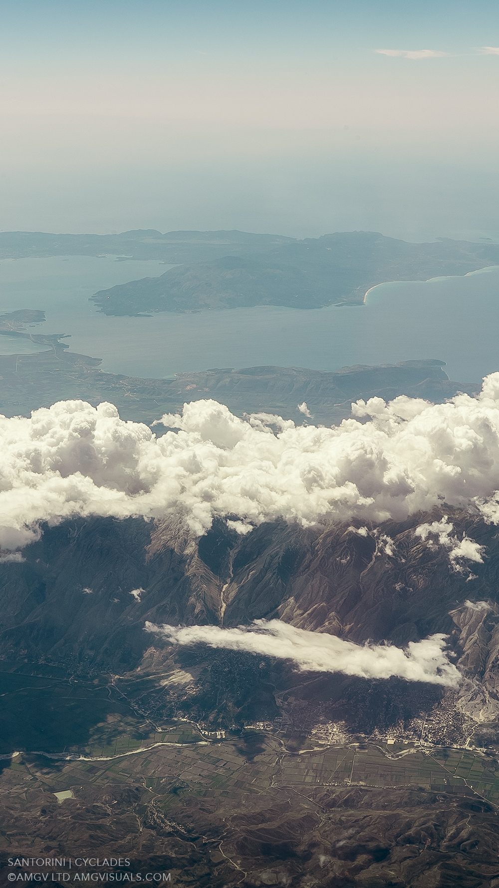 ©AMGV-LTD-Santorini+Cyclades-4.jpg