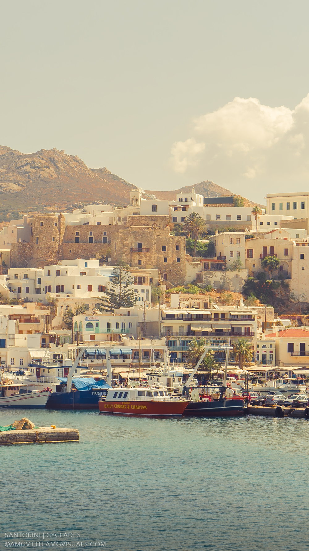 ©AMGV-LTD-Santorini+Cyclades-13.jpg