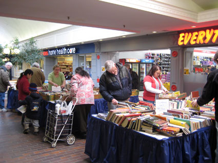 booksale2008.jpg