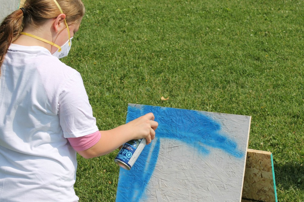 Princess Elizabeth After School Program 2015 - Spray Painting 1