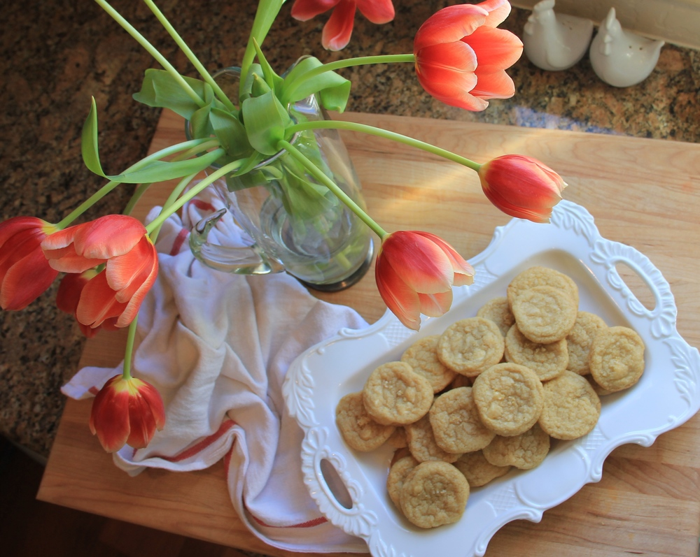 I'm obsessed with tulips at the moment! Plus, red tulips symbolize undying love..which is what I feel for these cookies.