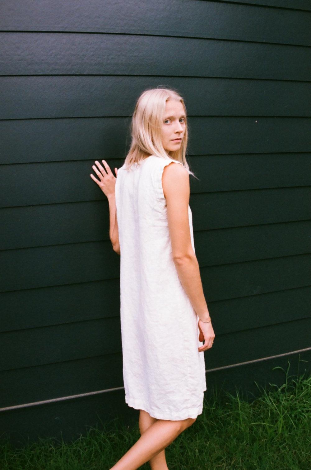 Han Starnes_Linen V Dress_3.jpg