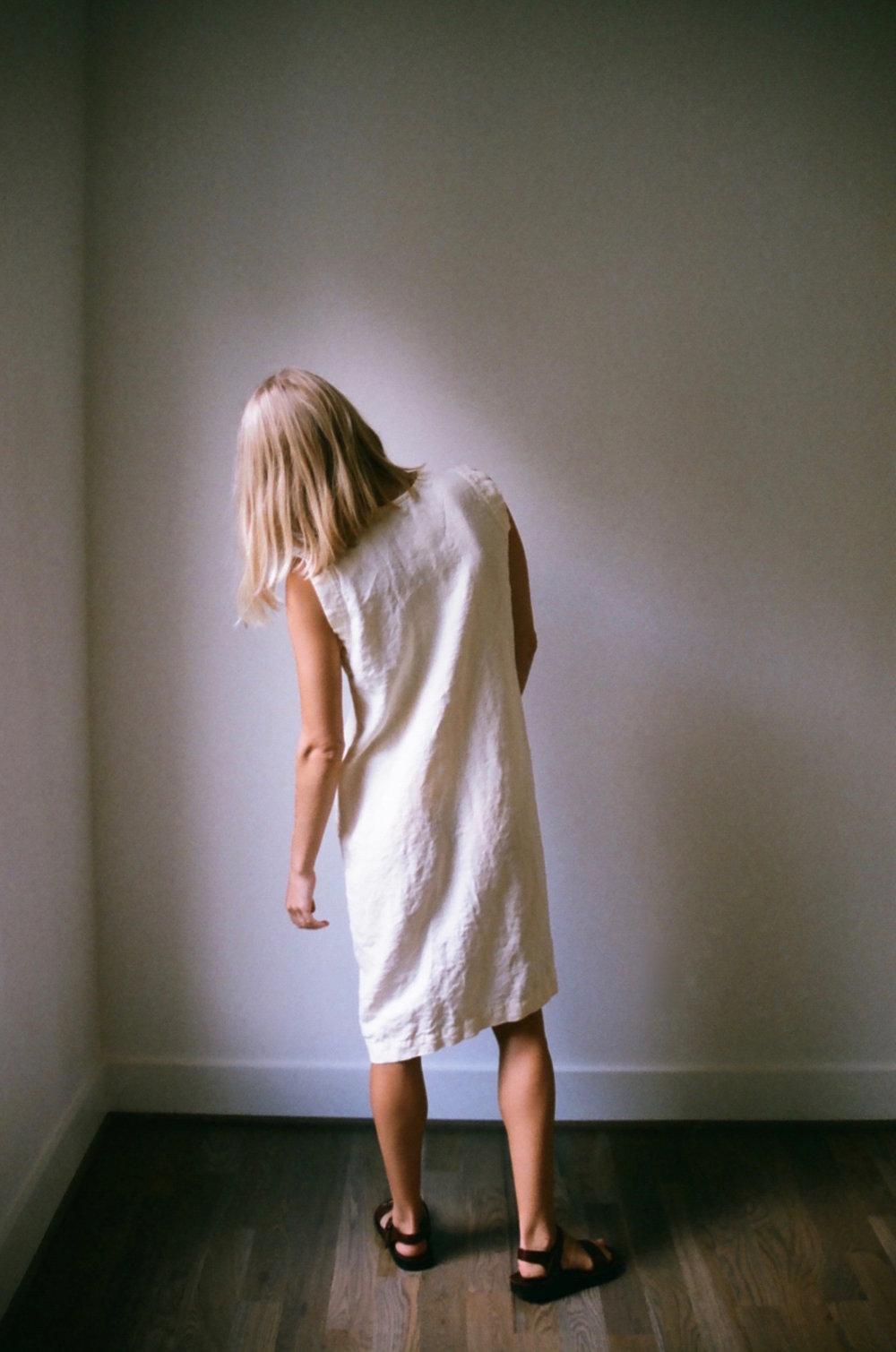 Han Starnes_Linen V Dress.jpg