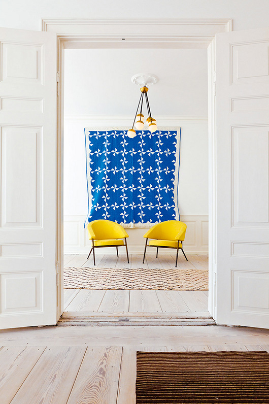 How To Hang A Quilt On The Wall hanging our quilt — the place home
