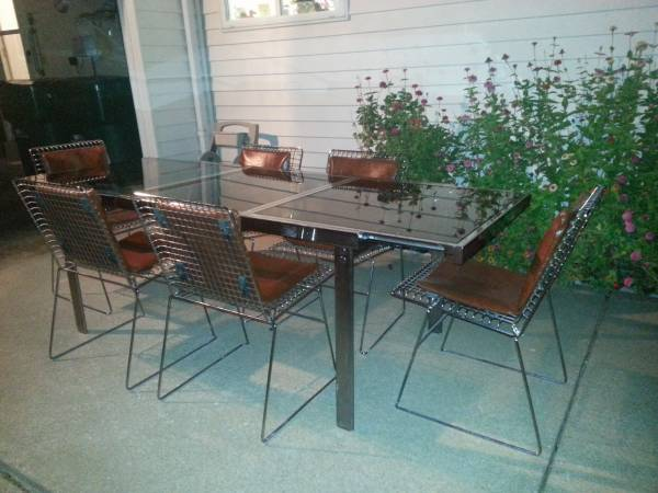craigslist-chrome-dining-set.jpg