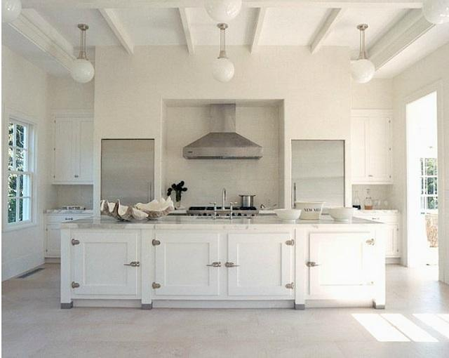 kitchen by Haynes-Robertsvia REMODELISA