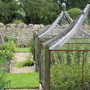 garden fencing | 7.22.2013