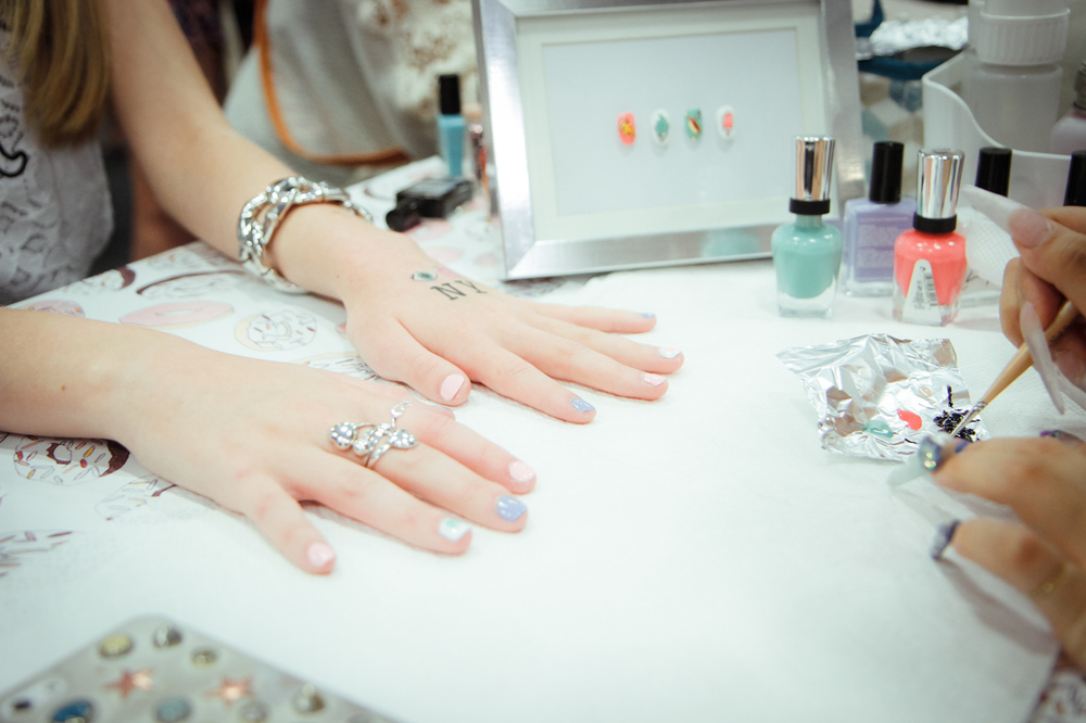 manicure stations