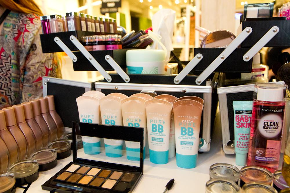 Maybelline Makeup Station