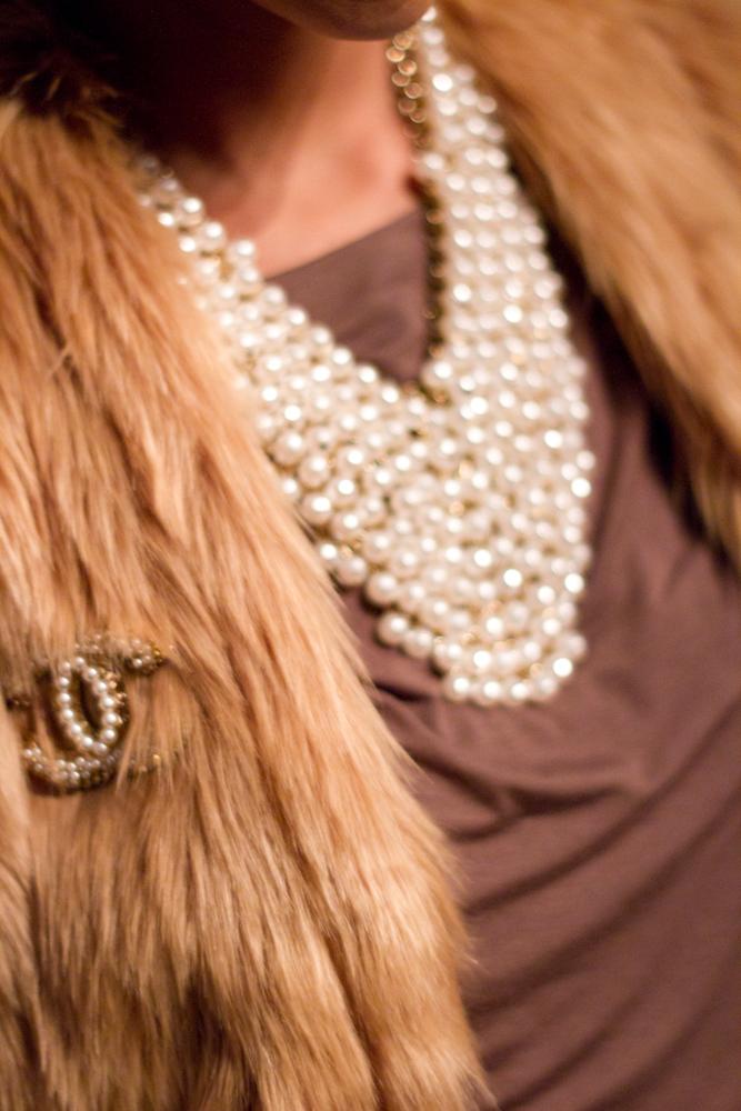 Fur Vest :  SCOOP  or  Blue Pearl