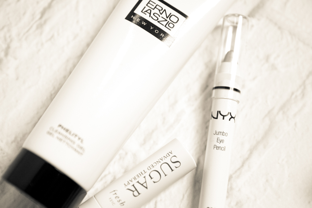 Erno Laszlo  phelityl facewash  //  SUGAR  lip balm //  NYX  eye pencil