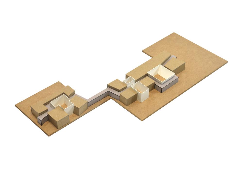 S.M. Center - Model CB.jpg
