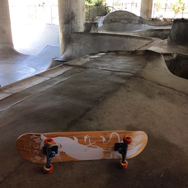 #first stop #Washingtonstreet ! @steengramsurf #skateboardingisfun #sandiego #amityskateboards @paperslicer