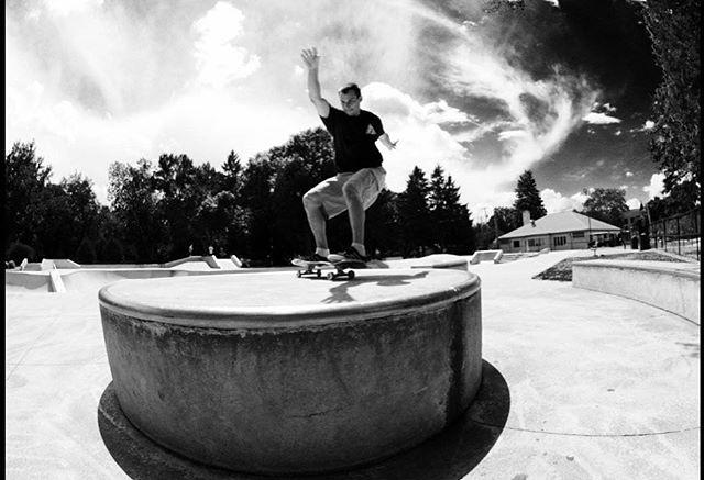@920lardo working on his flat game! 📸 @sconnieboys #joannes #skateboarding #wisconsin