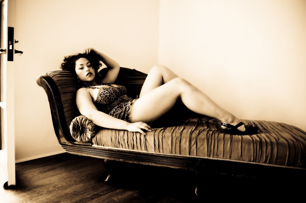 Ari Vox Photography - Ivory Rose Boudoir