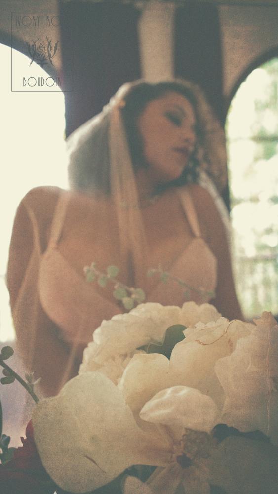 Ivory Rose Boudoir - Audrey Chris 16 sml.jpg
