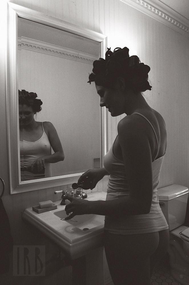 Ivory-Rose-Boudoir---Sarah-2015-Claw-Tub-Bathroom-Steam---Los-Angeles-Ojai-Santa-Barbara-Fine-Art-Nude-Photographer-Boudoir-Photography-2.jpg