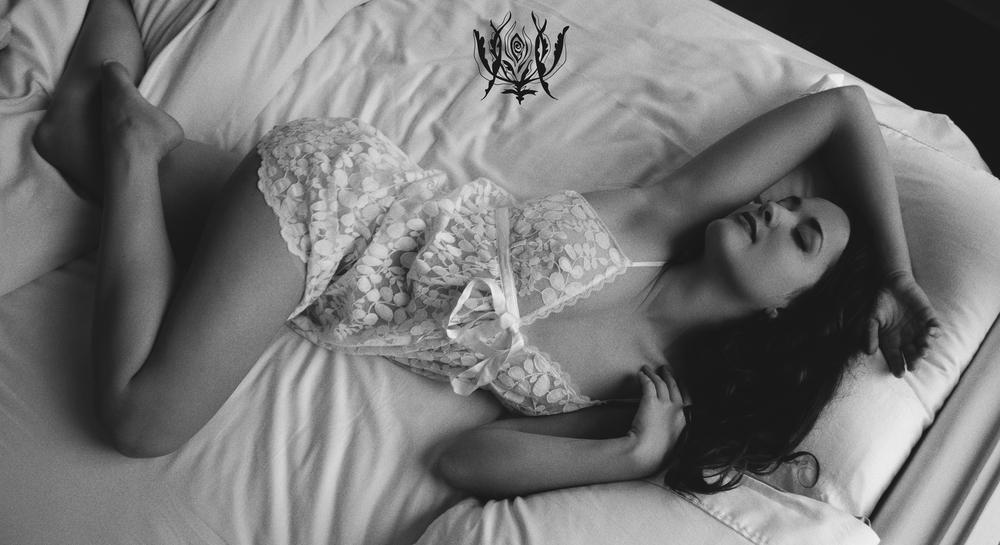 Ivory Rose Boudoir - Elisabeth 2015 vintage bride fine art photography ojai santa barbara los angeles california goddess -28.jpg