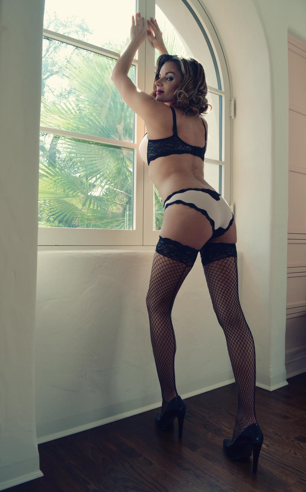 Ivory Rose Boudoir - Gindora Goddess Vixen Beauty-3.jpg